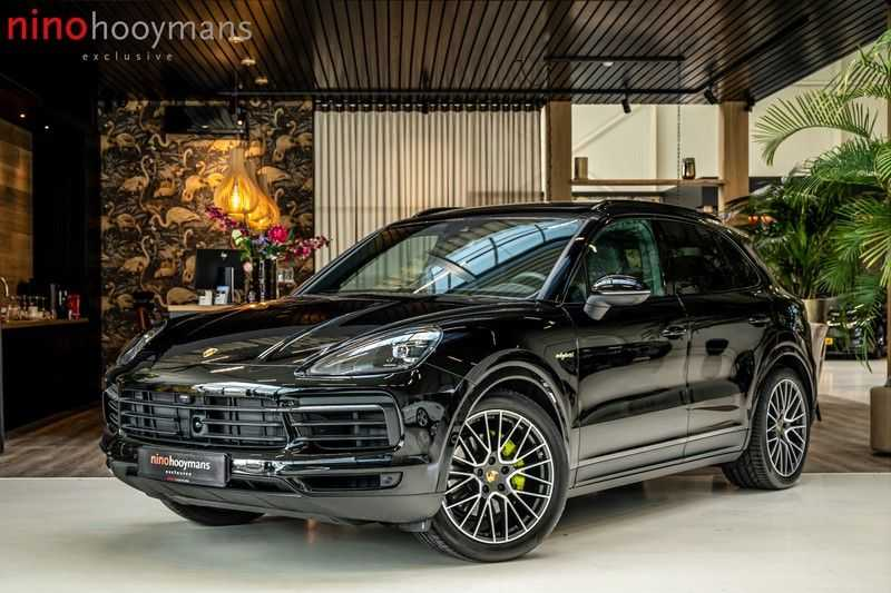 Porsche Cayenne 3.0 E-Hybrid | Panorama | Memory | 360 gradencamera | Sport Chrono | DAB afbeelding 1