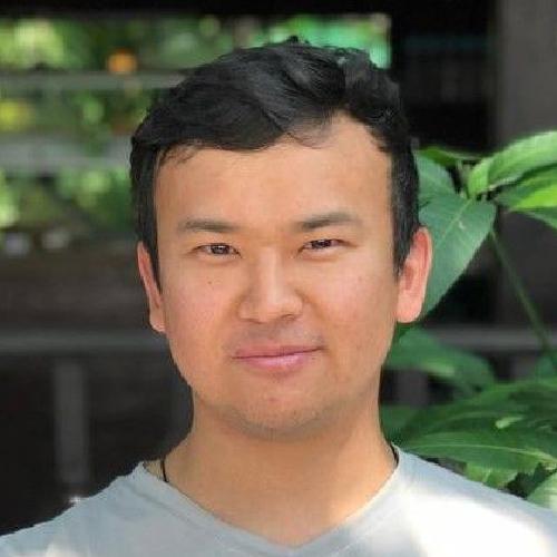 Headshot of Ayazhan Zhakhan