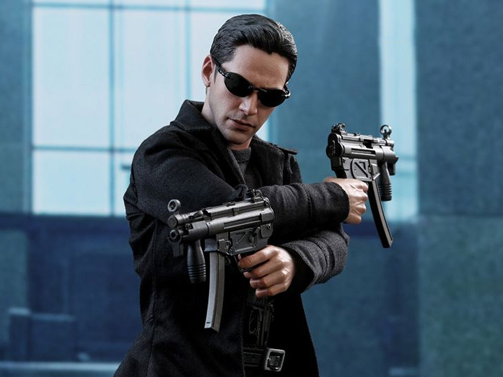 Hot Toys MMS466 The Matrix Neo 1/6th Scale Collectible Figure