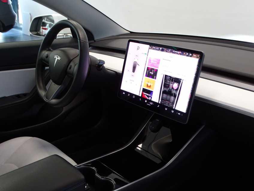 "Tesla Model 3 Long Range   prijs ex.btw 44.450,-   Wit Wit 19""LM% Bijtelling afbeelding 8"