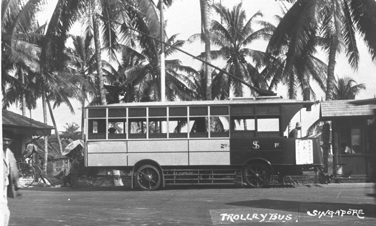 Trolley bus, 1930