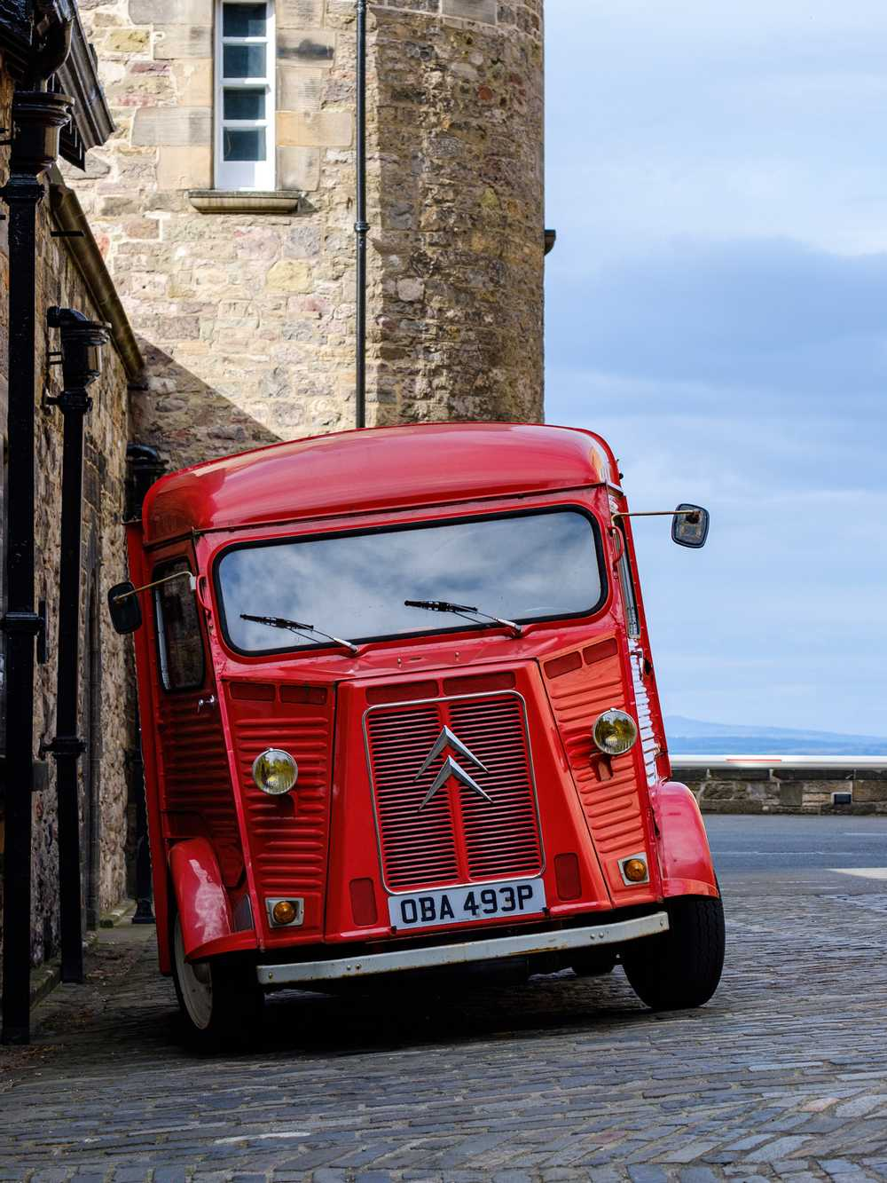 Citroën Type-H Van, Edinburgh Castle