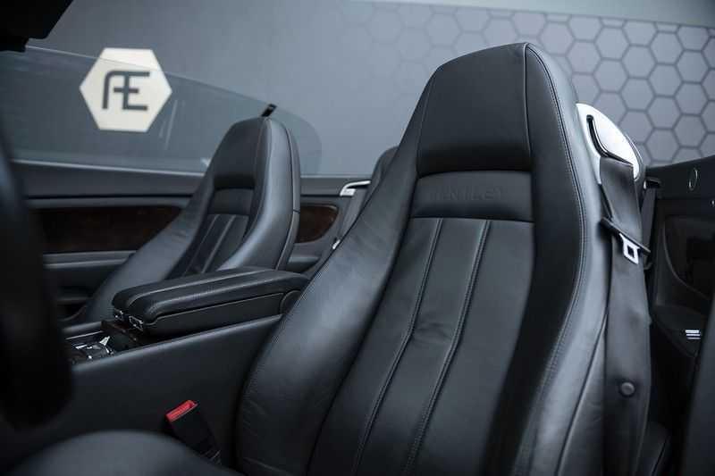 Bentley Continental GTC 6.0 W12 + Dealer onderhouden + Excellent Condition afbeelding 13