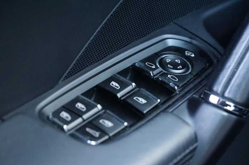 Porsche Cayenne 3.0 S E-Hybrid / Sport Chrono / Panodak / Trekhaak / Bose / Luchtvering / Sportstoelen afbeelding 20