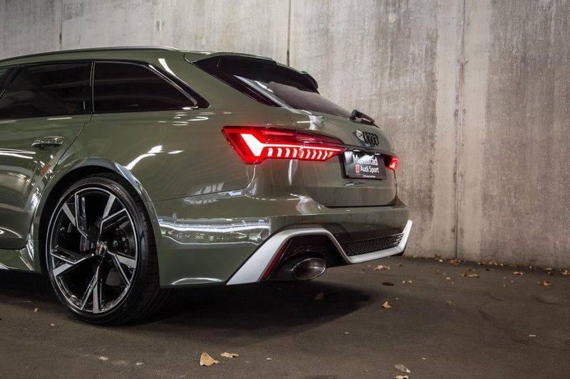 Audi RS6 Avant TFSI 600 pk quattro | 25 jaar RS Package | Dynamic Plus pakket | Keramische Remschijven | Audi Exclusive Lak | Carbon | Pano.dak | Assistentiepakket Tour & City | 360 Camera | 280 km/h afbeelding 11