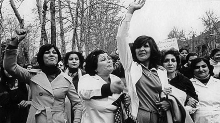 ردپای زنان در تاریخنگاری پس از انقلاب کمرنگ است