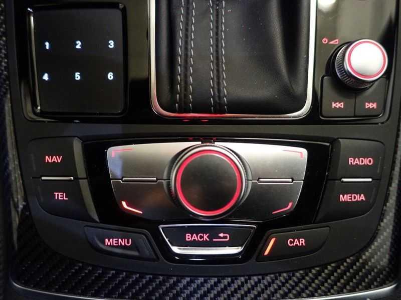 Audi A6 Avant 4.0 TFSI RS6 Quattro Performance 605pk Aut- B&O, Nightvision, Head-up, Orig NL Auto! afbeelding 23