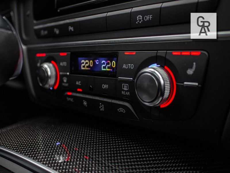 Audi RS6 Avant 4.0 TFSI RS6 PERFORMANCE | KERAMISCH | CARBON | EXCLUSIVE | MILLTEK afbeelding 18
