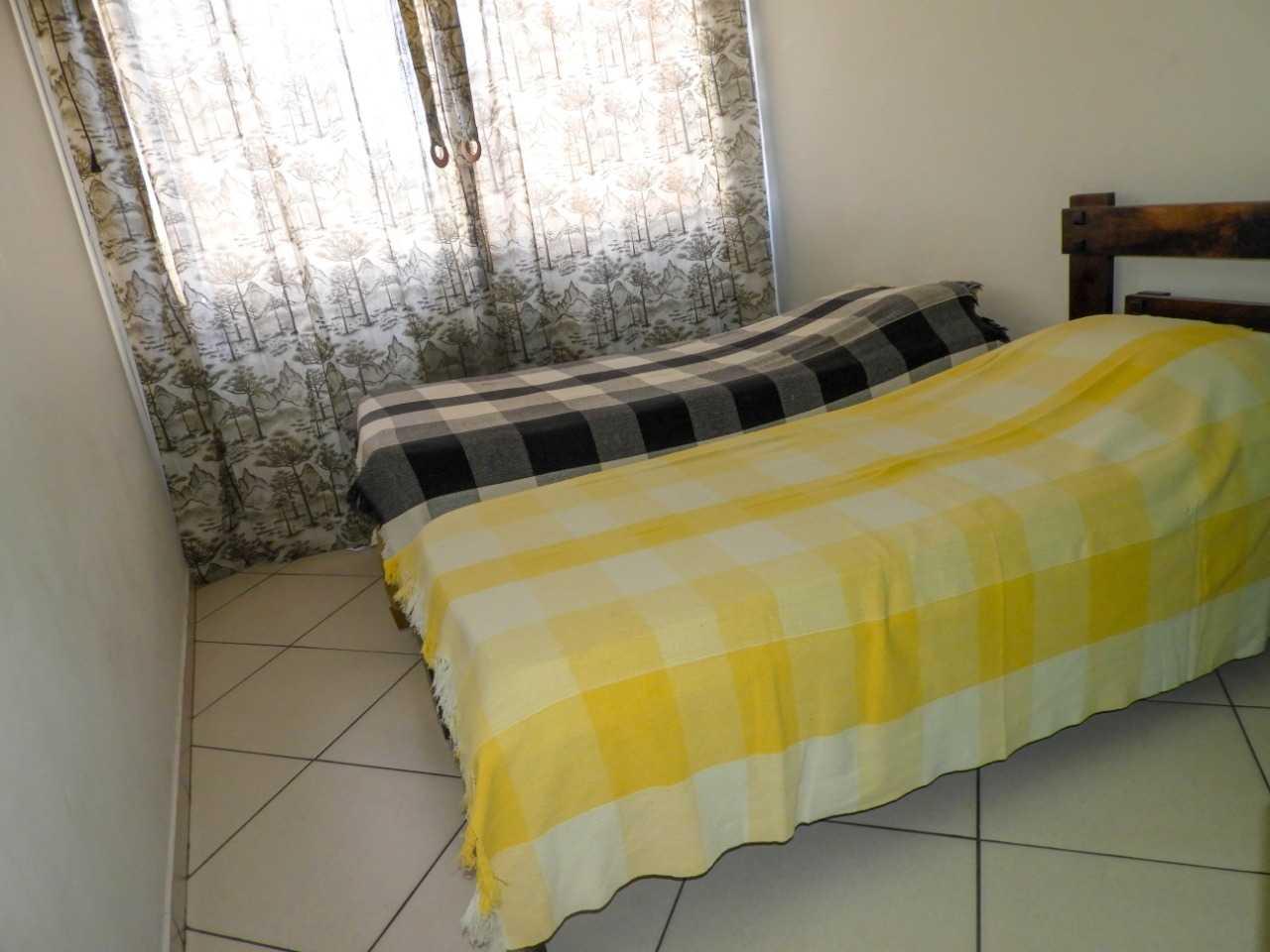 Acomodação longo prazo com quarto, banheiro e cozinha individual