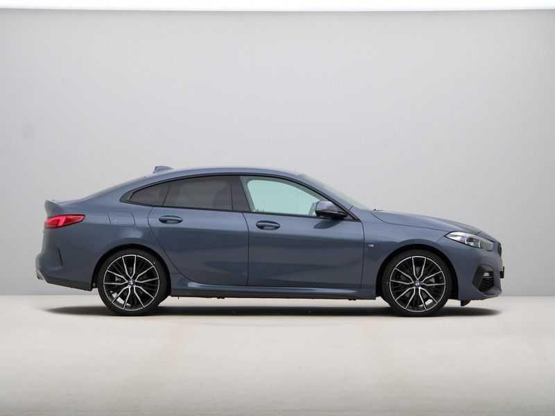 BMW 2 Serie Gran Coupé 218i High Executive M Sport 19 inch afbeelding 10