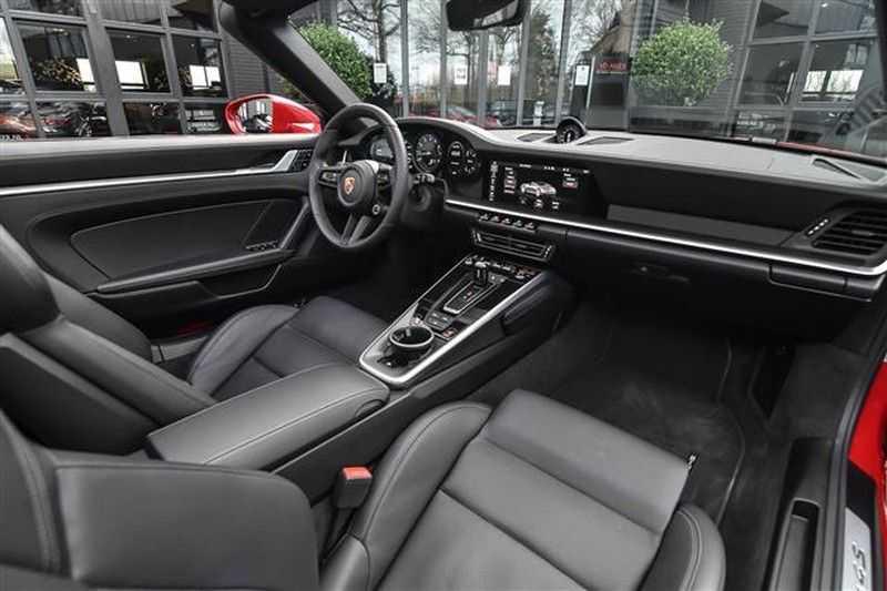 Porsche 911 4S CABRIO SPORTDESIGN+4WSTURING+SPORTCHRONO afbeelding 2