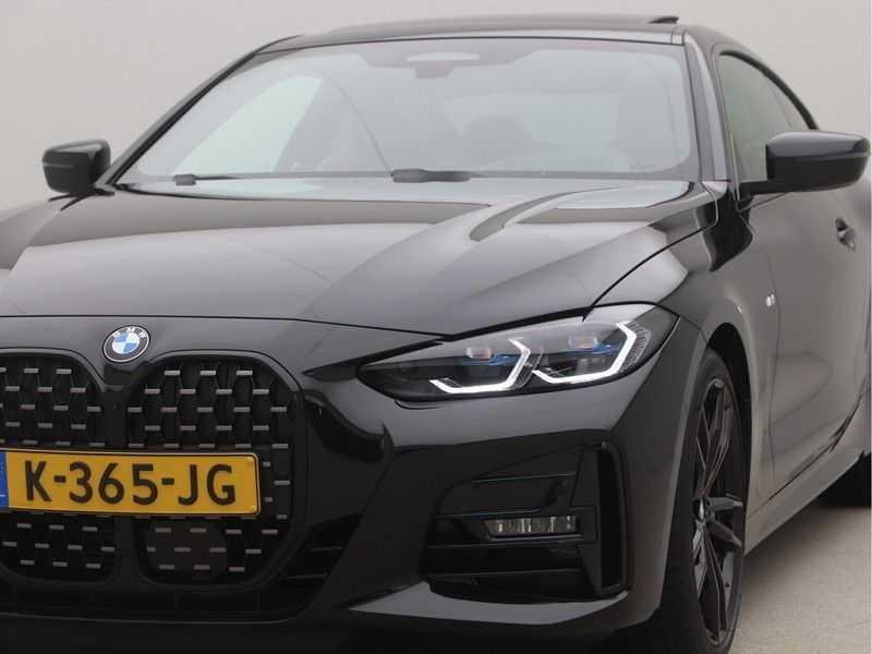 BMW 4 Serie Coupé 420i High Executive M-Sport Automaat afbeelding 21