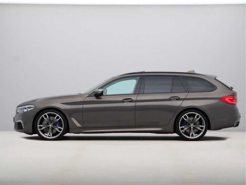BMW 5 Serie Touring M550d xDrive High Executive Automaat Euro 6 afbeelding 12