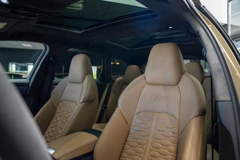 Audi RS6 Avant Exclusive Keramisch Akrapovic B&O High End RS 6 TFSI quattro afbeelding 25