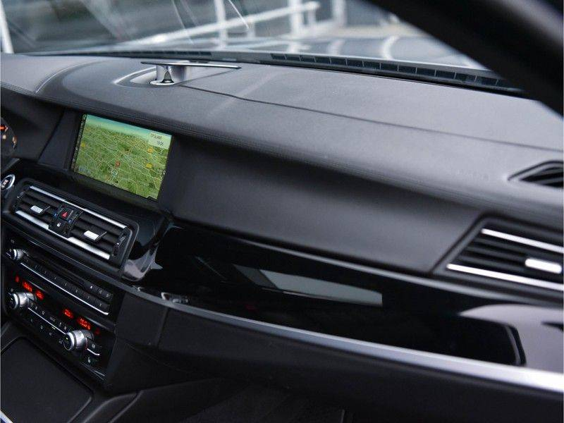 BMW 5 Serie M5 560pk DKG Pano B&O HUD Leder-dash Soft-Close Alcant.Hemel afbeelding 25