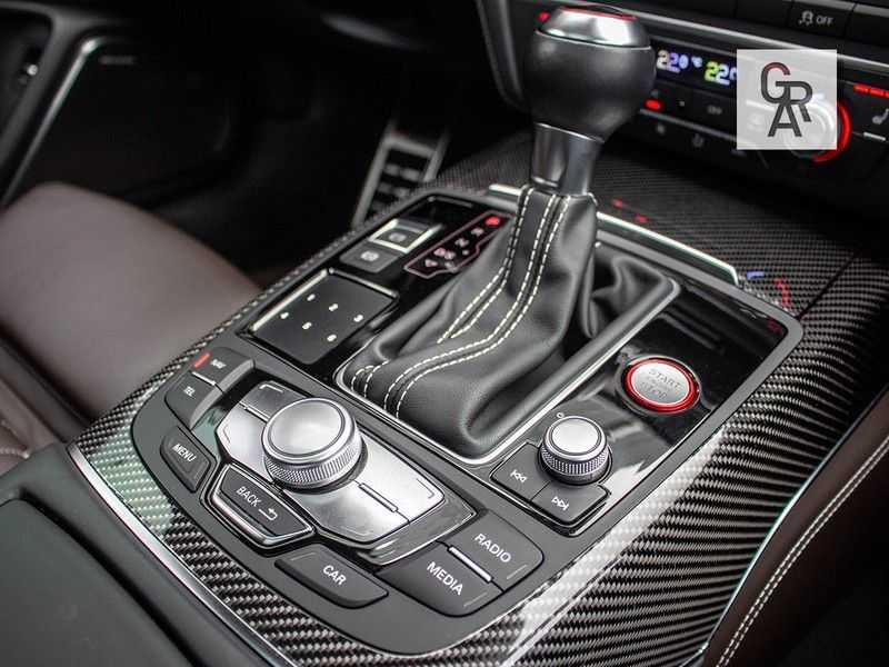 Audi RS6 Avant 4.0 TFSI RS6 PERFORMANCE | KERAMISCH | CARBON | EXCLUSIVE | MILLTEK afbeelding 17