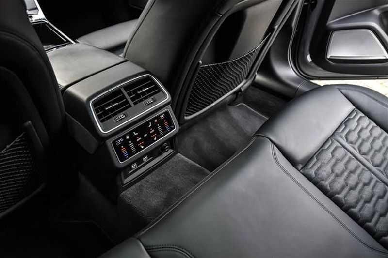 Audi RS6 DYNAMIC PLUS+CARBON+B&0 ADV.+ALC.HEMEL NP.254K afbeelding 18