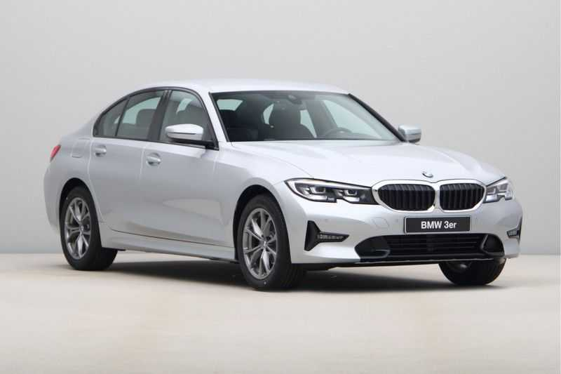 BMW 3 Serie 318i Sedan Exe Sportline Aut. afbeelding 16