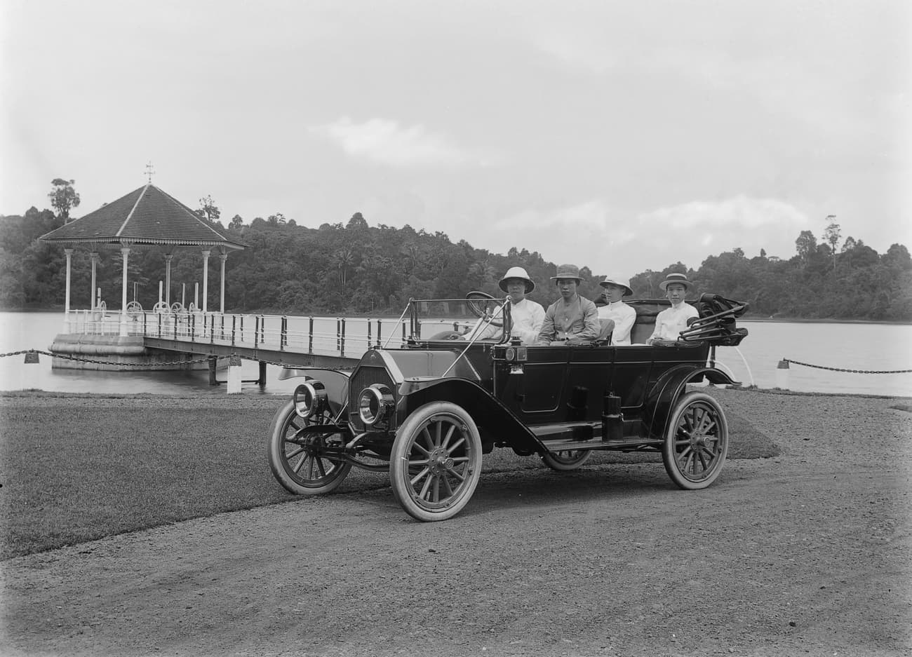 Outing by car at MacRitichie Reservoir, 1920s