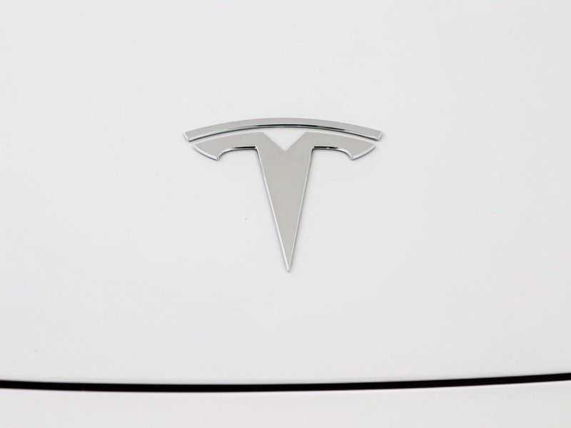 Tesla Model 3 Long Range All-Wheel Drive Performance Prijs is Incl. BTW   20'' grijze Performance-velgen   Performance upgrade   Performance remmen   Autopilot   afbeelding 18