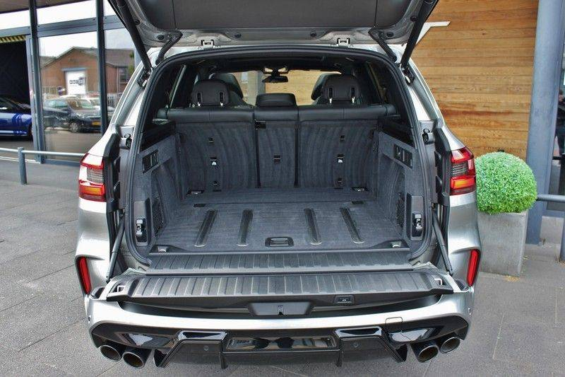 BMW X5 M Competition 4.4 V8 626pk **Pano./ACC/Elek.Trekhaak/HUD/Softclose** afbeelding 13