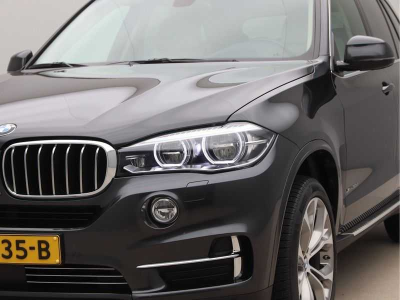 BMW X5 xDrive30d High Exe 85 Dkm afbeelding 22