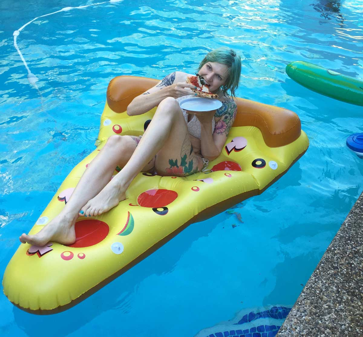 Pizza Pool Floatie