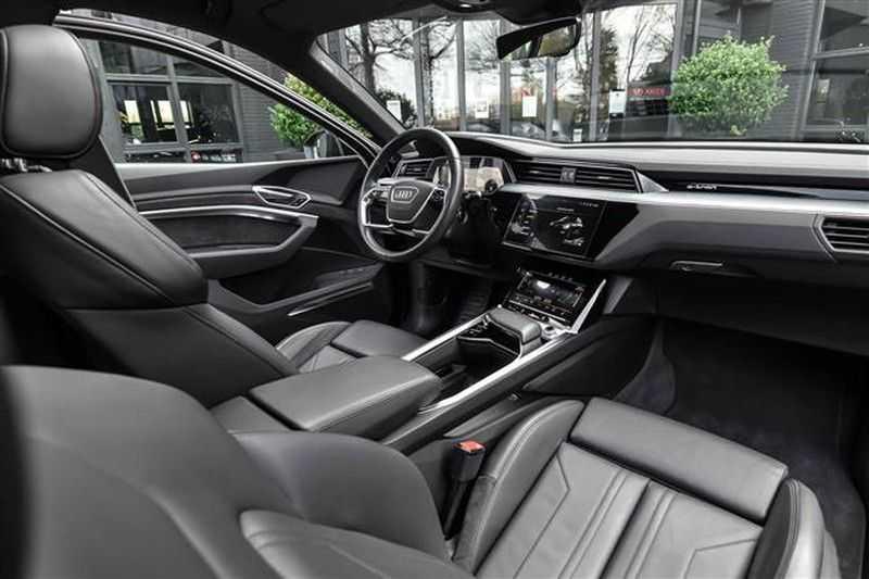 Audi e-tron 55 QUATTRO PANO.DAK+360CAM+HEADUP+B&O afbeelding 6