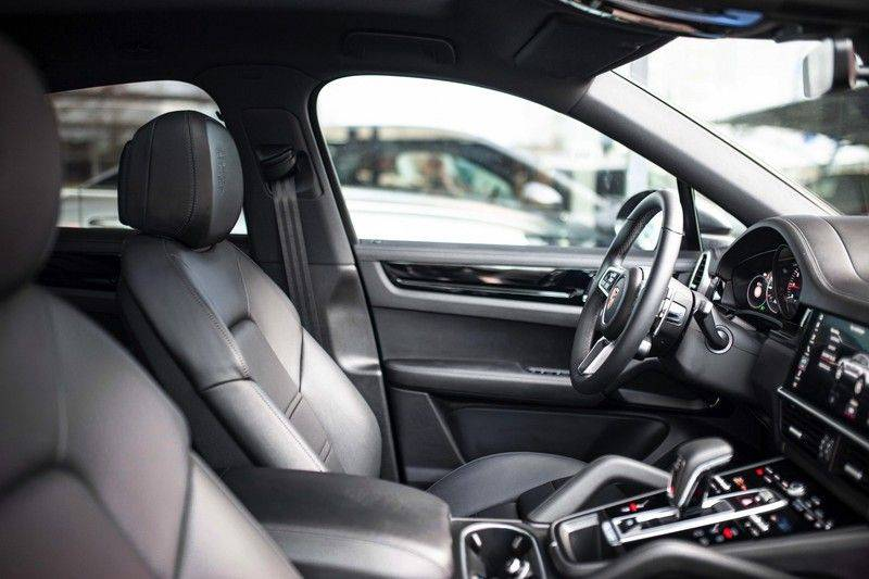 Porsche Cayenne 2.9 S Coupé *BOSE / Sportdesign / 4 Wielbesturing / Memory / Sport Chrono / HUD* afbeelding 6