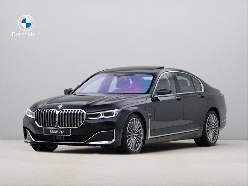 BMW 7 Serie 745Le xDrive High Executive . afbeelding 1