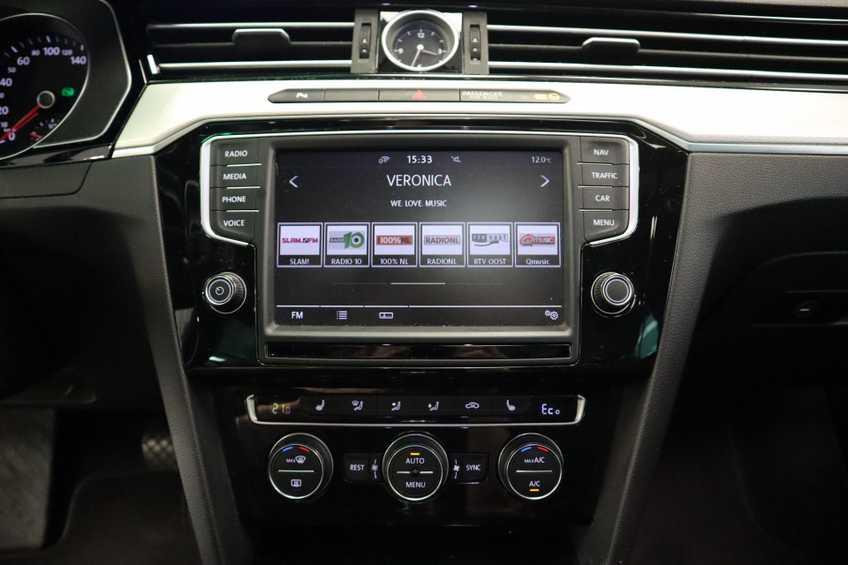 Volkswagen Passat Variant 1.4 TSI GTE Highline Prijs = Ex btw Navigatie Panoramadak Full-led afbeelding 24