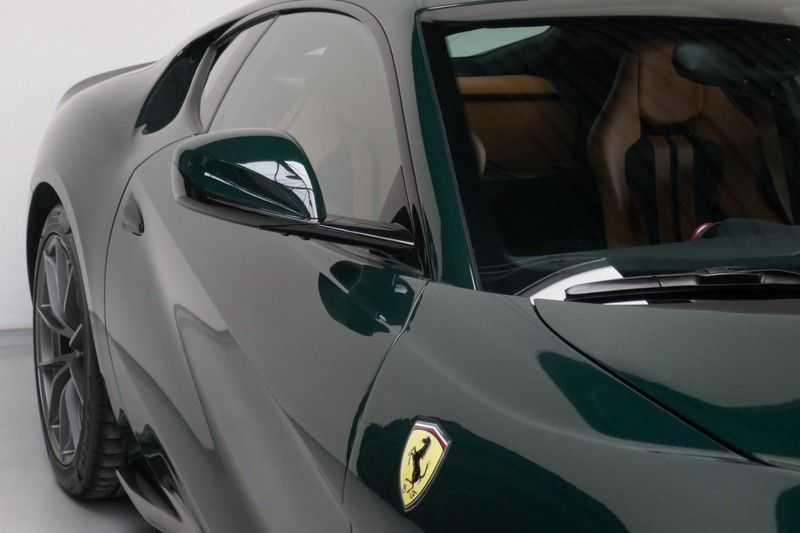 Ferrari 812 6.5 V12 Superfast Carbon in & exterieur - JBL - Camera afbeelding 8
