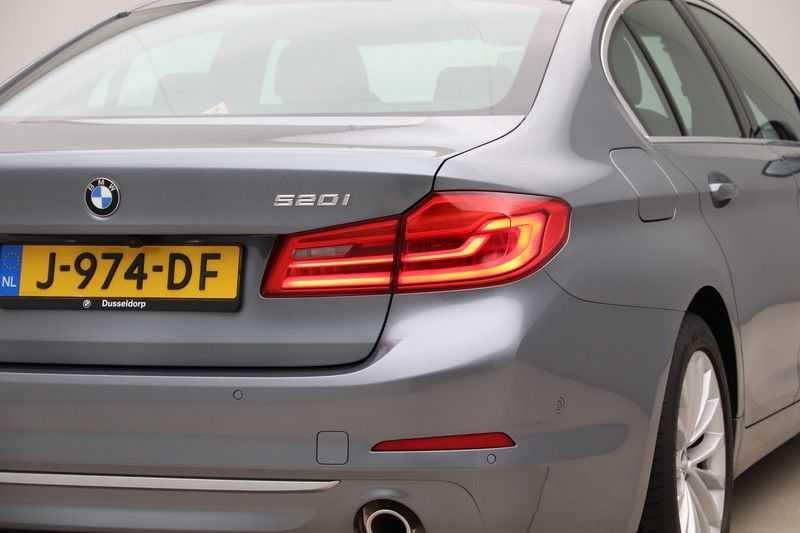 BMW 5 Serie 520i High Exe Luxury Line afbeelding 16