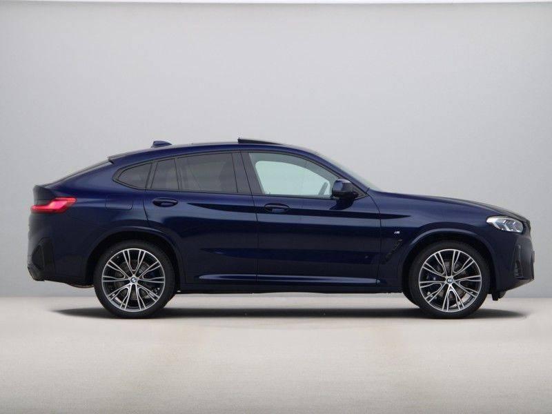 BMW X4 xDrive20i High Executive . afbeelding 8