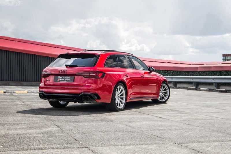 Audi A4 Avant 2.9 TFSI RS4 quattro | 450PK | Sportonderstel Plus | Panoramadak | Inleg Carbon | B&O | Sportdifferentieel | Head-up afbeelding 5