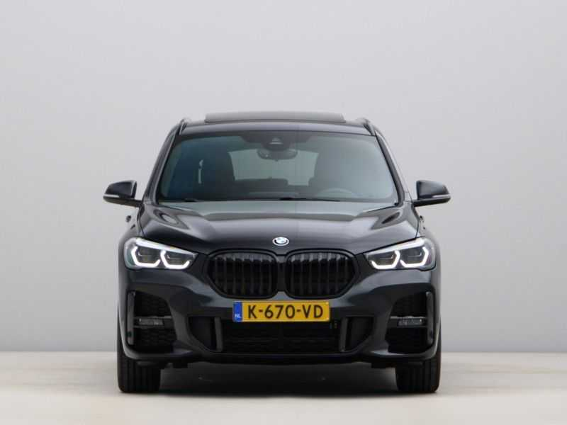 BMW X1 sDrive20i High Exe M-Sport Aut. afbeelding 5