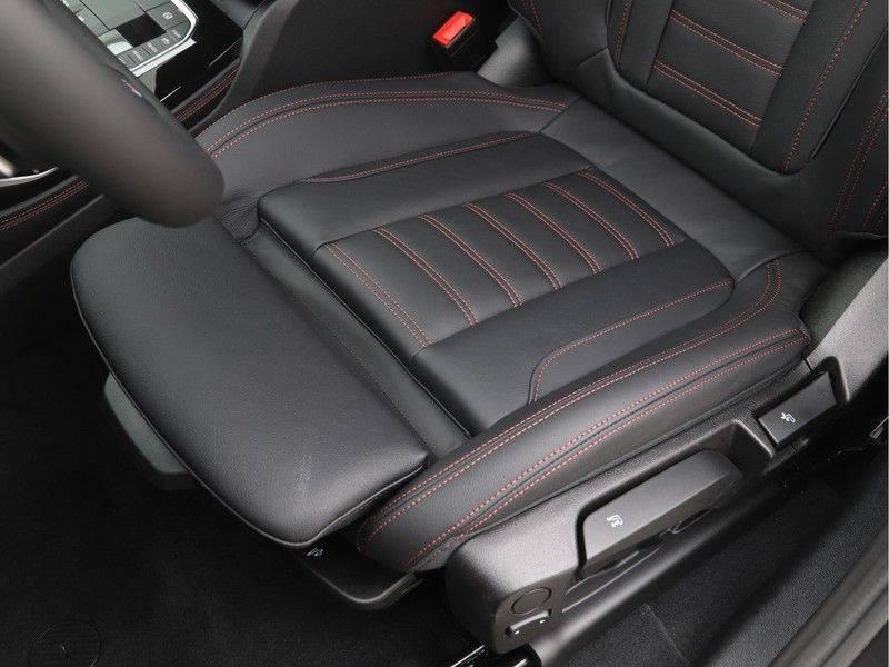 BMW X4 xDrive20i M Sport Edition afbeelding 14