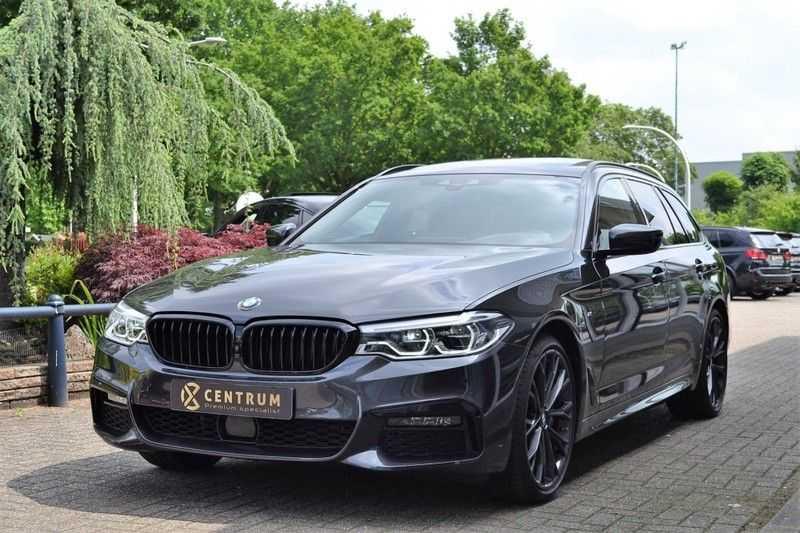 BMW 5 Serie 530i High Executive M-Sport / Pano Dak / ACC / Hud afbeelding 1