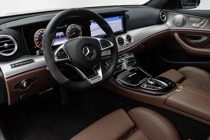 """Mercedes-Benz E-Klasse E63s AMG 4Matic 612pk Panoramadak Distronic Schaalstoelen Burmester ComandOnline Keyless 20"""" Parktronic Pdc VerlengdeGarantie t/m 03/2022 afbeelding 18"""