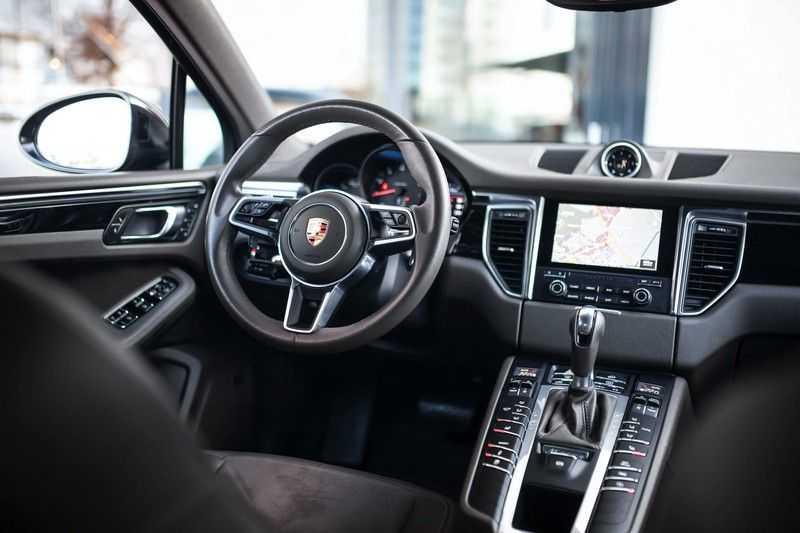 Porsche Macan 2.0 *BOSE / PASM / PDLS+ / PVTS+ / Stoel- & Stuurverwarming* afbeelding 6
