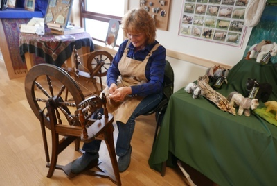 Joanne Bell demonstrating spinning