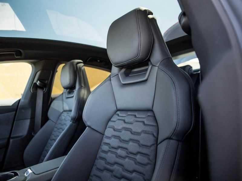 "Audi e-tron GT edition ZERO | Head-Up | B&O Sound | Carbon | S-Sportstoelen | Pano.Dak | Matrix LED | 21"" LM-velgen | afbeelding 19"