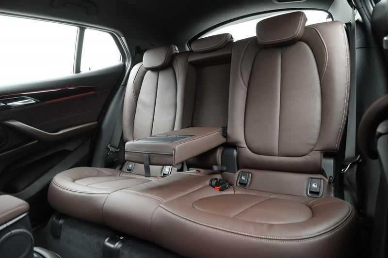 BMW X2 sDrive20i High Exe Aut. afbeelding 17
