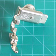 Adjustable Zipper Foot