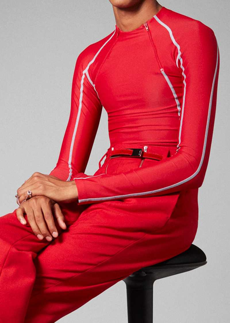 ANDE jersey rashguard in Red. GmbH Spring/Summer 2021 'RITUALS OF RESISTANCE'