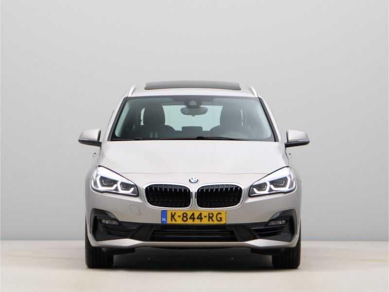 BMW 2 Serie Active Tourer 218i Exe Sportline Aut. afbeelding 5