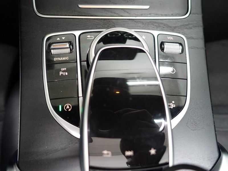 Mercedes-Benz C-Klasse Cabrio 180 Ultimate AMG Edition Aut- Leer, Navi, Led, LMV , 40dkm ! afbeelding 19