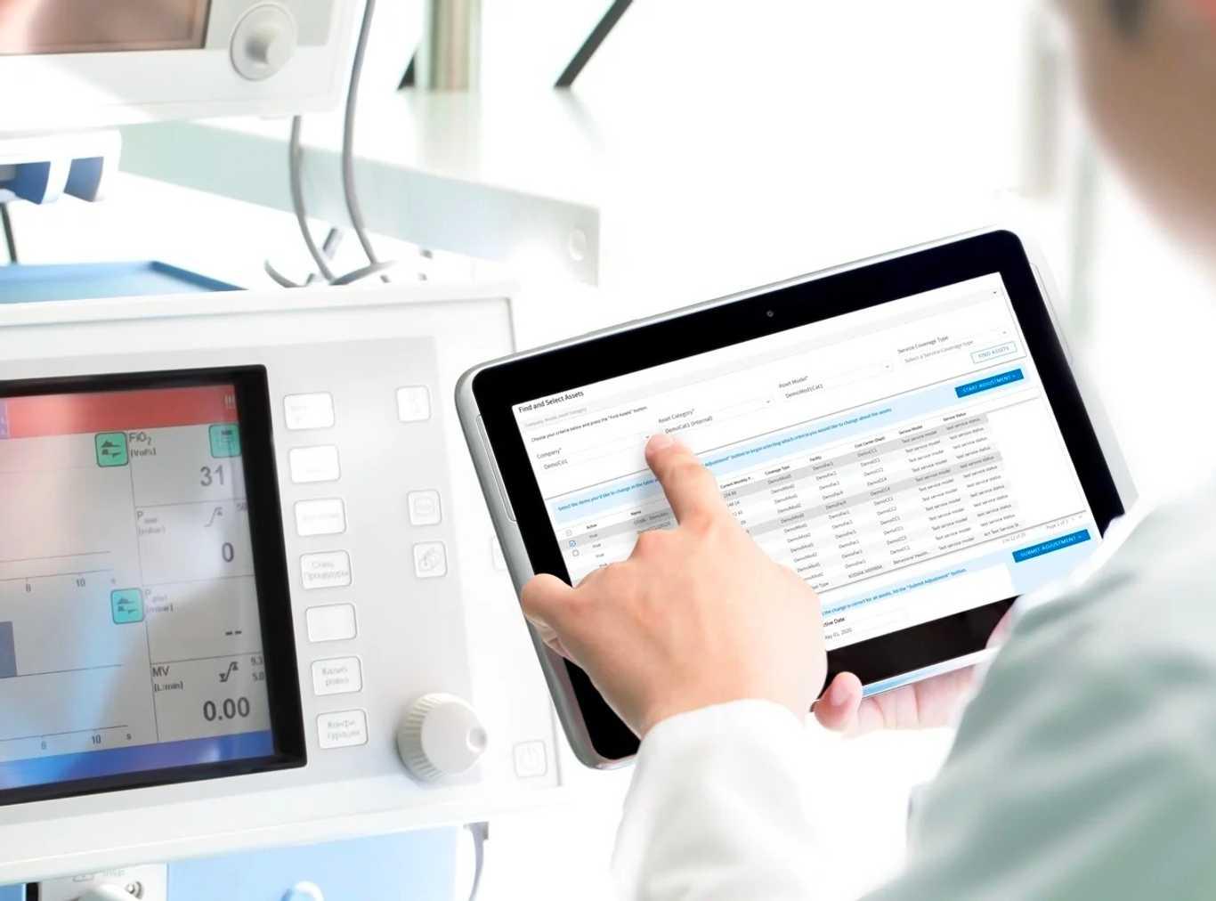 Accruent - Resources - Brochures - Connectiv's Customer Management For Healthcare Service Organizations - Hero
