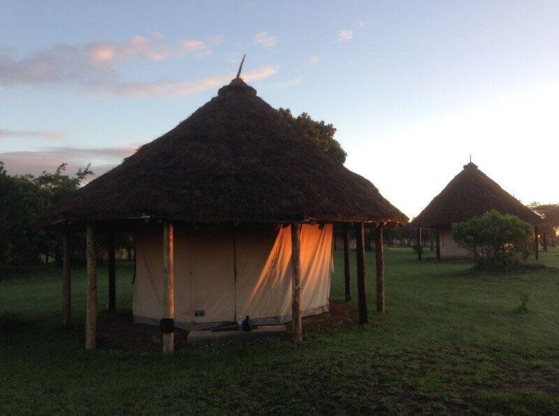 Mijn tent in de ochtendzon