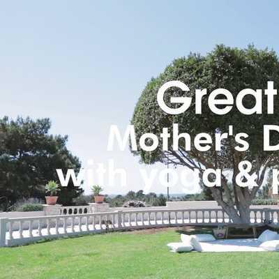 A day to remember, dedicated to 5 Great moms!   Ειδικά για τη Γιορτή της Μητέρας, σχεδιάσαμε μια Great day για μαμάδες συνδρομήτριες της Great στον υπέροχο χώρο του @golfpriveglyfada. Με yoga: από την αγαπημένη μας @annazorzou. Με πικ νικ: special χυμοί από το @verve_juices, σαλάτες από το @it_restaurant και γλυκές επιλογές από το @freshpatisserie. Και φυσικά δώρα από την Adidas και την @migato.  Οι Great στιγμές που μοιράστηκαν οι @nicky_thom, @ekaterina_zis, @pinelopimark, @kwnkar, @angela_avgouladaki και η @vickykaya_ είναι μια υπενθύμιση σε όλες τις μαμάδες να αφιερώνουν χρόνο στον εαυτό τους. Να τον φροντίζουν και να τον ενδυναμώνουν.  Η Great έρχεται να δώσει αυτό το extra boost που χρειάζεται μια μαμά αλλά και κάθε γυναίκα για να ανταπεξέλθει σε όλους της τους ρόλους.  Χρόνια πολλά!   Special thanks to @theagencypr.  #great #greatforwomen #greatmultivitamin #greatbyvicky #multivitamins #vickykaya #takeyourvitamins #mothersday #happymothersday